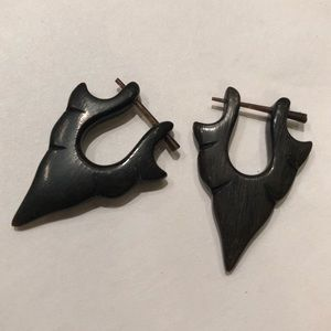 Black wood arrow gauge earrings